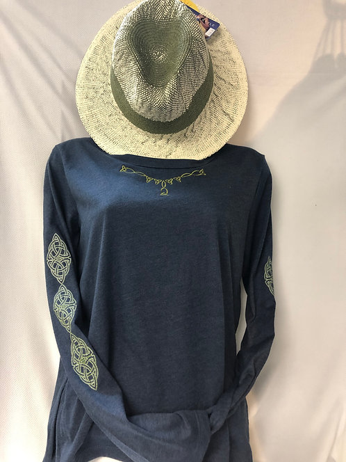 High/Low Long Sleeve Tee Straw Hat Ensemble