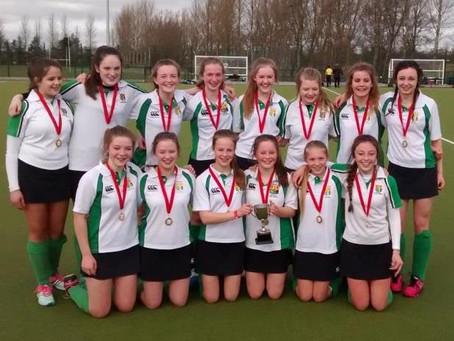 Girls Hockey – U14 win Junior Plate