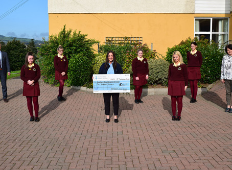 Cheque Presentation To The Southern Area Hospice