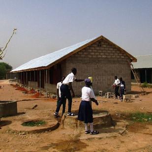 Building of new school 2.jpg