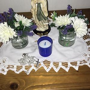Altóir Mhuire/ May Altar