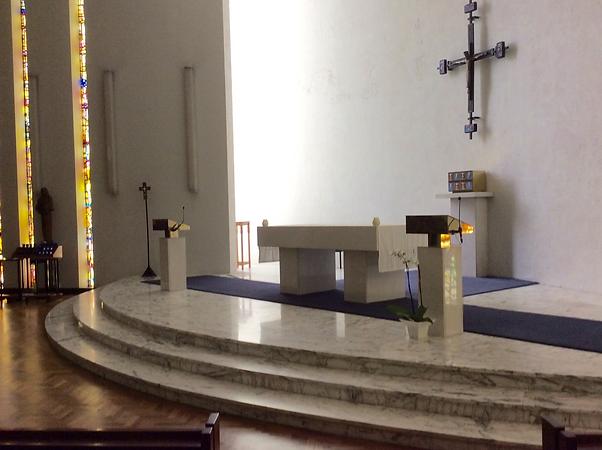 4. Chapel altar 1.png