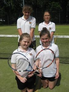Tennis – Minor Girls winners of Minor Plate