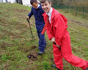 Horticulture Students Tree Planting