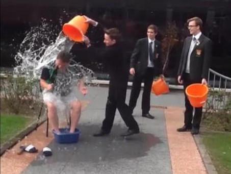 Mr Peel completes Ice Bucket Challenge