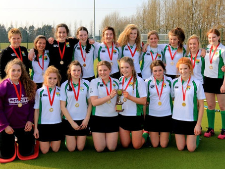 Girls Hockey – 2Bs win Gibson Cup