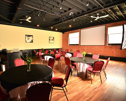 8299 Banquet rm tables 600x400px v2.jpg