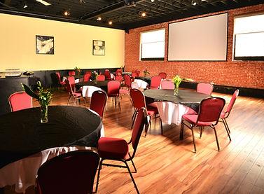 8299-Banquet-rm-tables-600x400px-v2.jpg