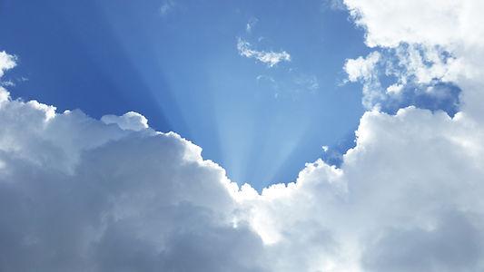 Céu cheio de luz