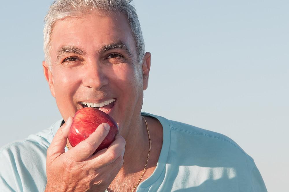 reabilitação com implante dental em belo horizonte e lentes de contato dental