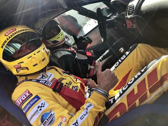 Racedag 3; met Tom Coronel in een 206!