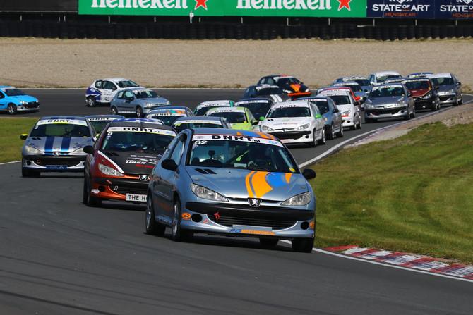 Romijn en Middeldorp pakken winst in 206 GTi Cup op Zandvoort!