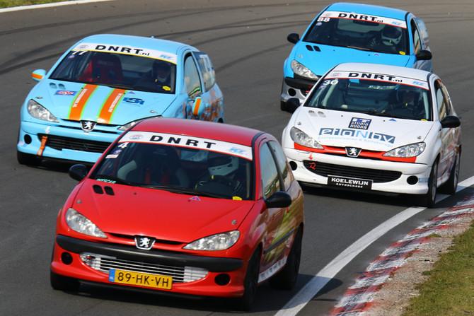 Maak jij ook je racedebuut in de 206 GTi Cup?