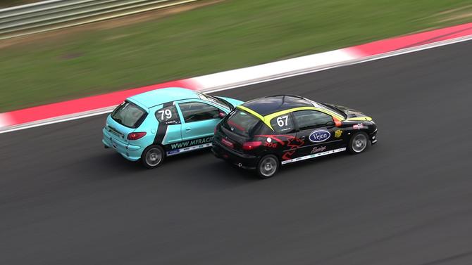 Guillermo van Pamelen pakt de dubbel op Circuit Zolder!