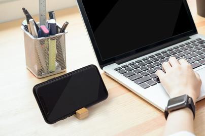 bamboo Block key-chain phone stand hero