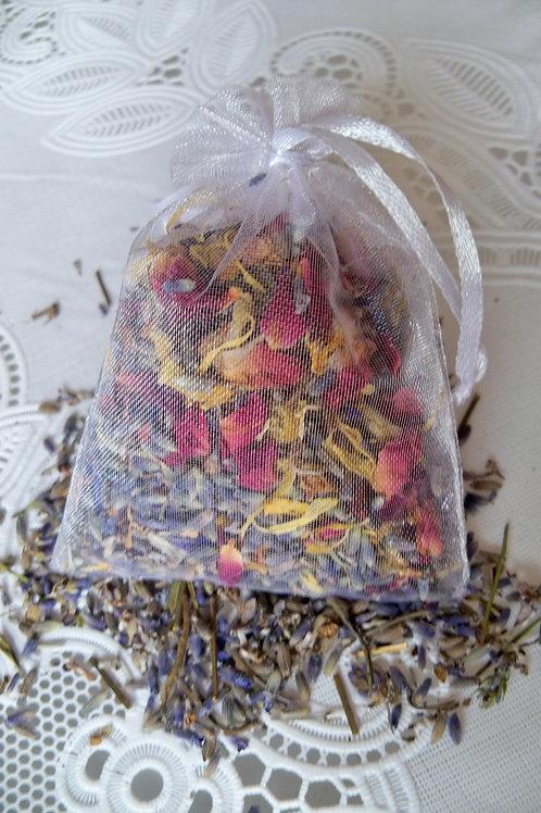 Dried flowers sachet