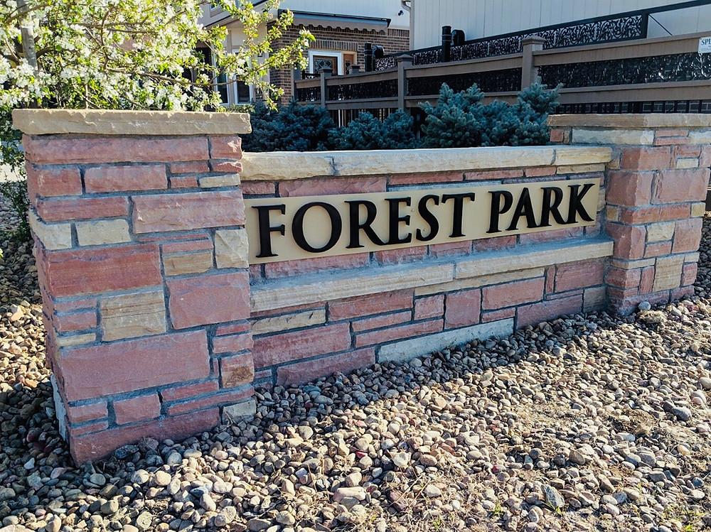 forest park entrance sign