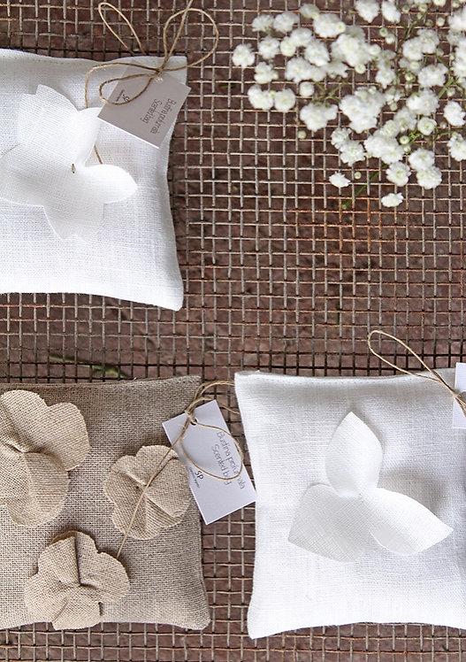 Quadretto profumato con fiori in puro lino