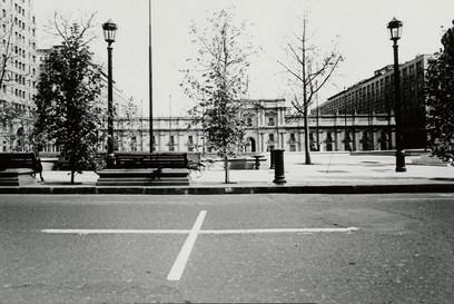 Una Milla de Cruces sobre el Pavimento, La Moneda, Santiago, 1985
