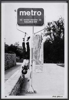 A Chile, intervención corporal de un espacio público, 1979 - 1980
