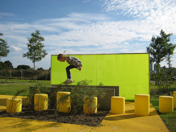 O hopop-bench-outsider-gallery-011.jpg