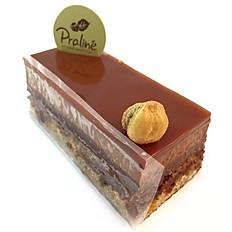 Opera hazelnut / almond