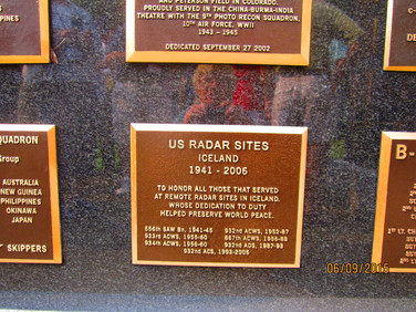 The Plaque surronded by its neighbors
