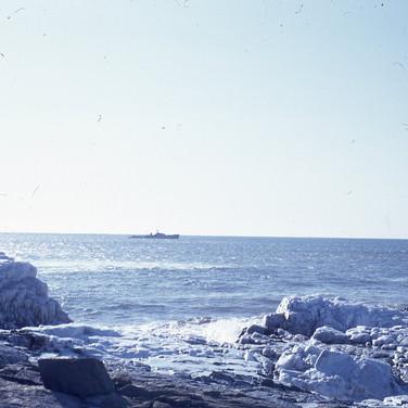 Navy-010-1968-16-Russian-Trawler.jpg