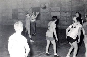 1956-001-free-throw.jpg
