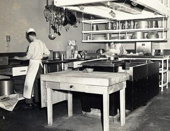 1956-026-kp.jpg