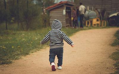 child-345523_1920.jpg