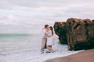 Beachside Engagement | Jupiter, Florida | Brooks & Davis Photography