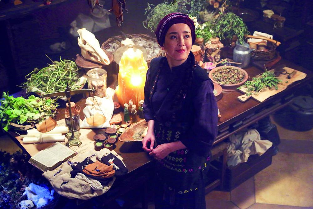 Nicky, la aprendiz de bruja (2014)