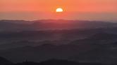 okayama-First_sunrise_at_mount_Yataka-m.