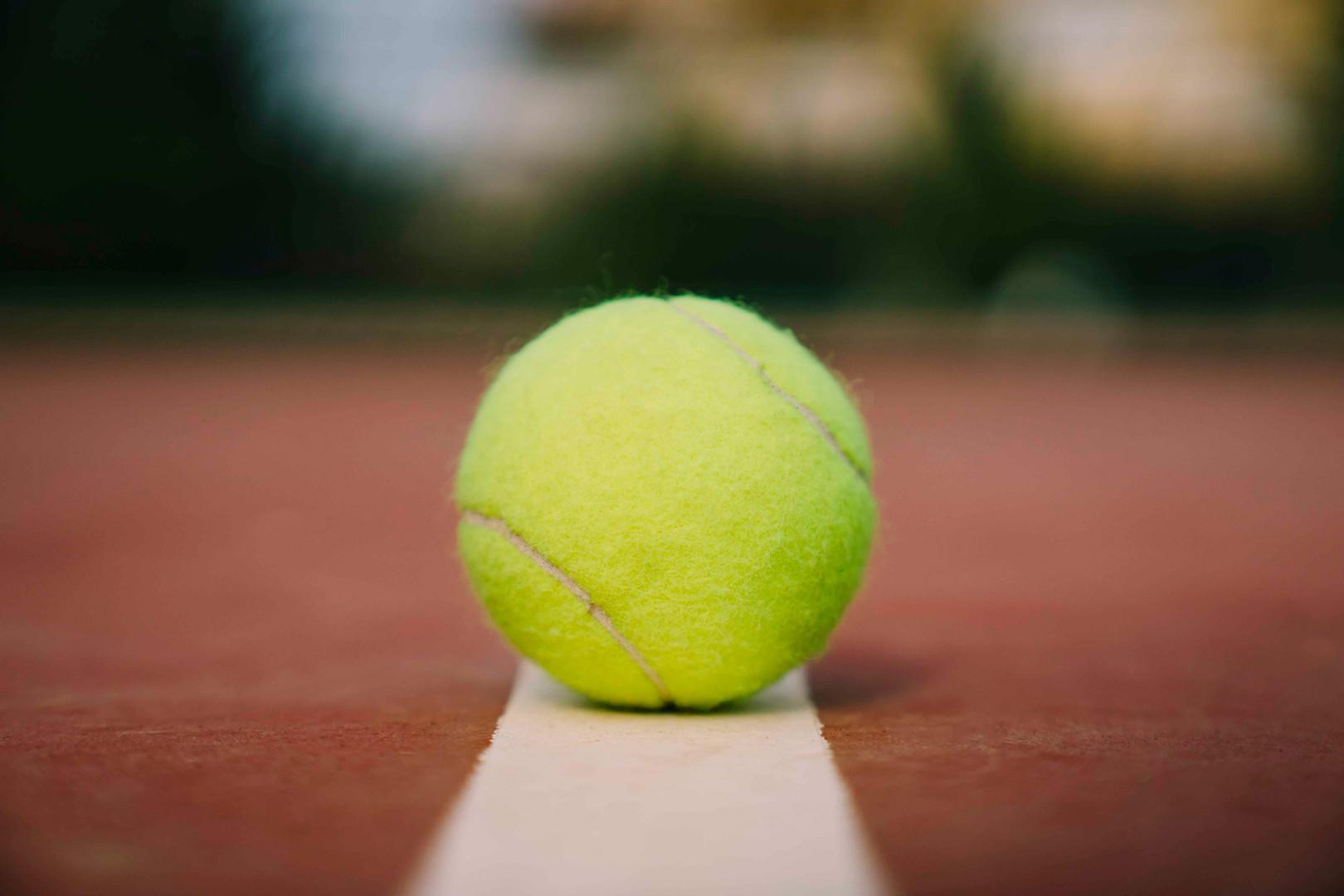 vv-lauko-tenisas-cover-2.jpg