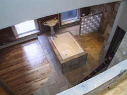 Top view of sitting tub in Master