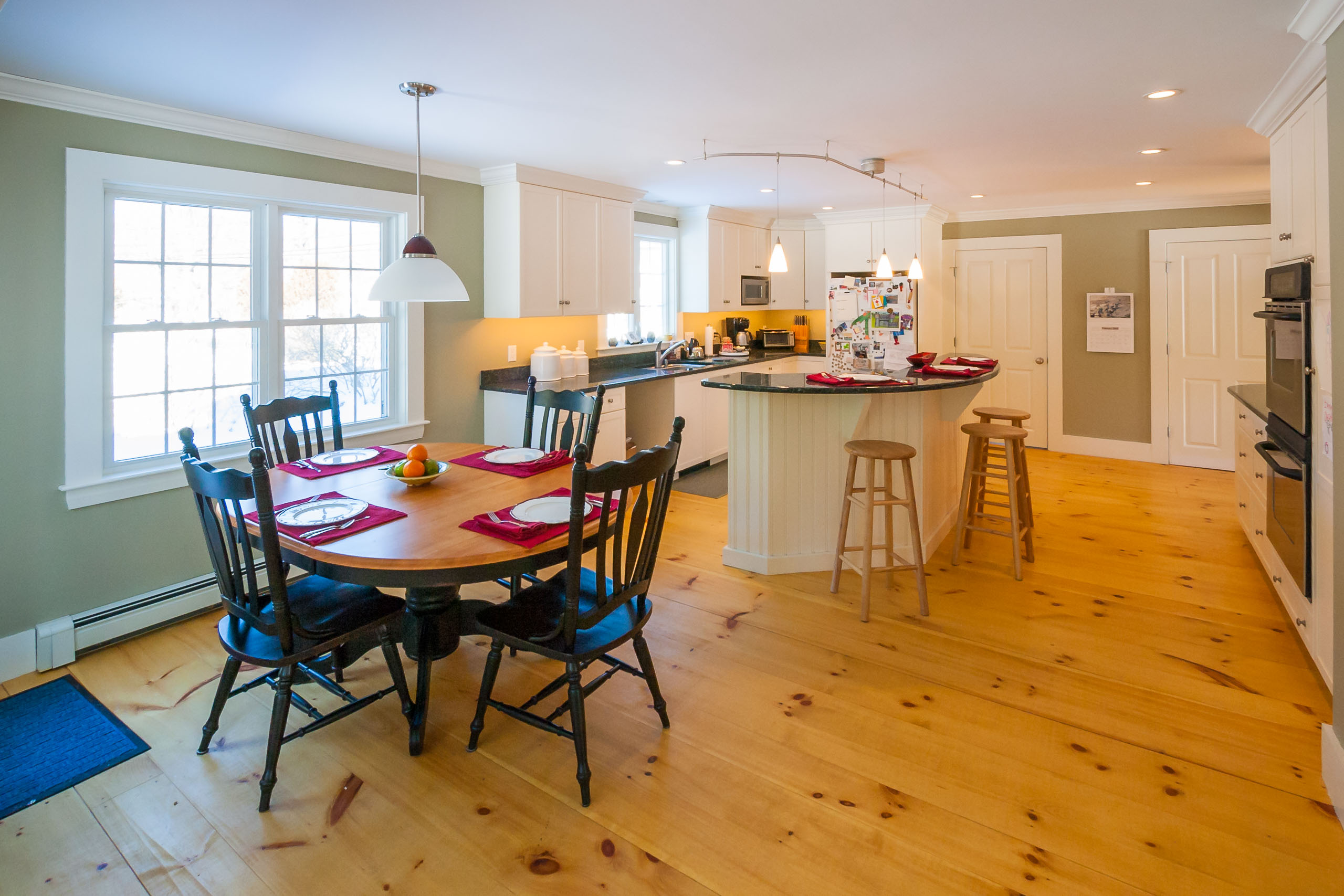 Knotty pine wide plank floors
