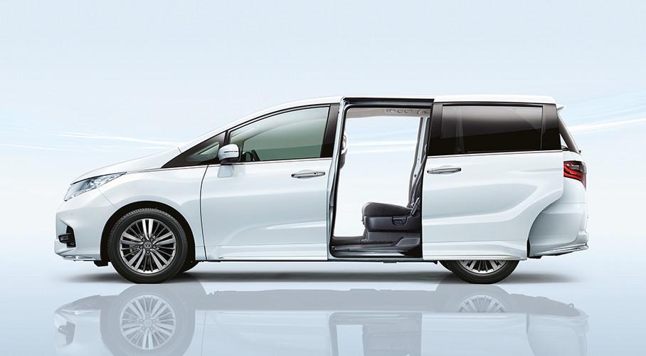 Honda Odyssey (Side)