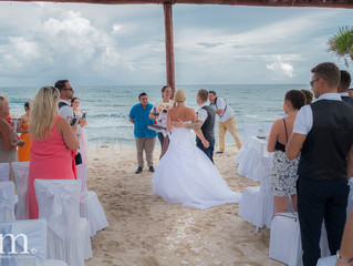 Fairytale wedding in CanCun Mexico