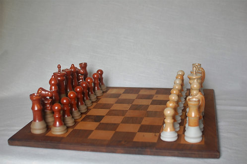 Classic Chess Set | Cherry Wood Board