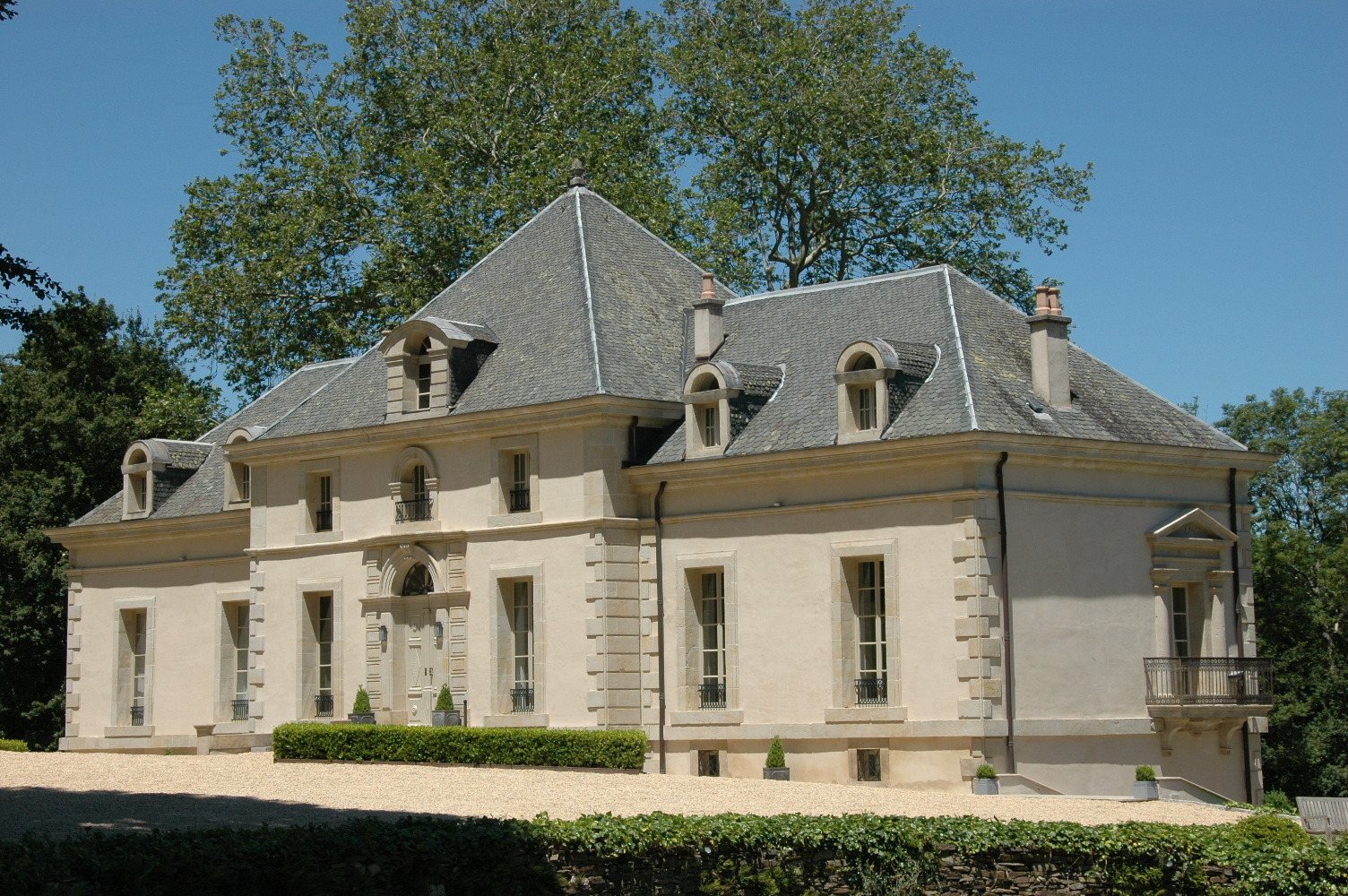 Front & Side of Chateau