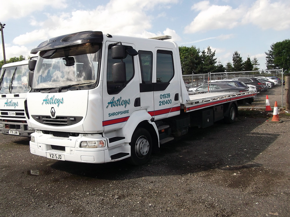 renault midlum recovery vehicle for sale