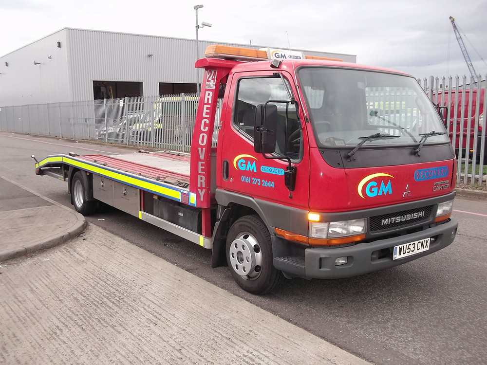mitsubishi canter recovery vehicle for sale