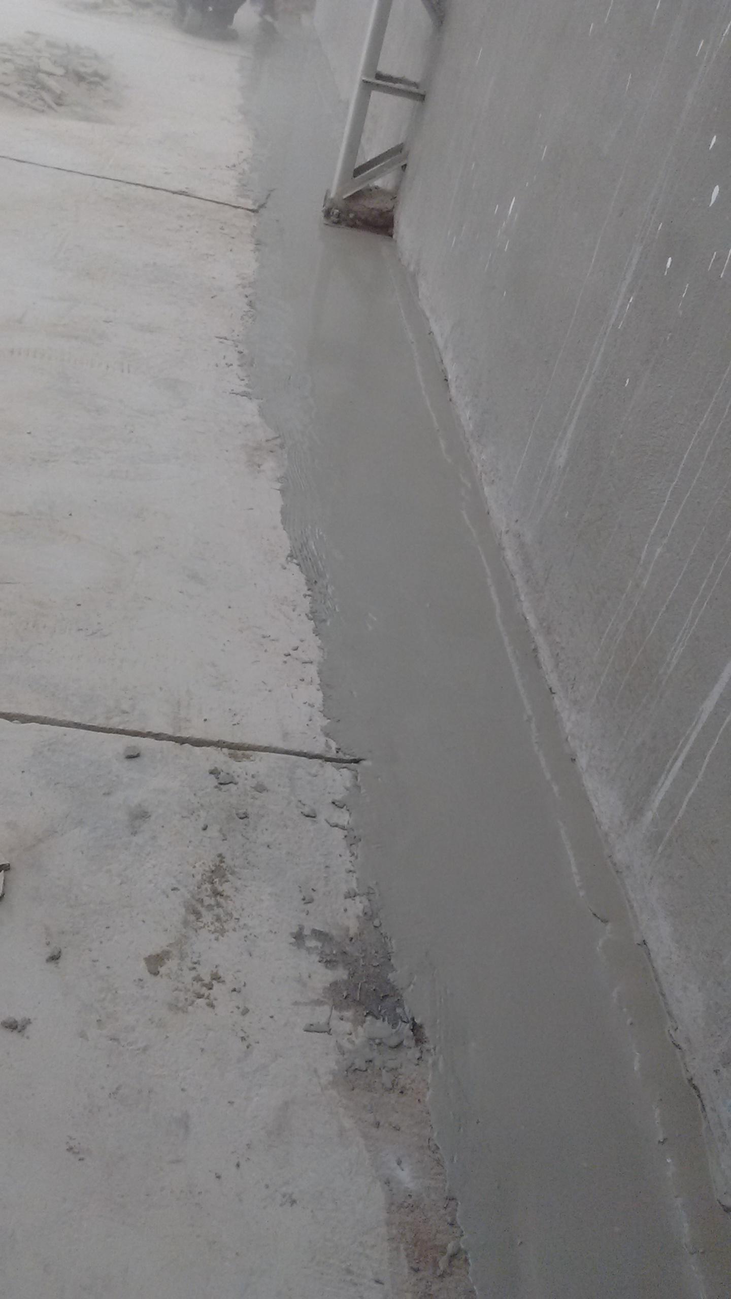 Rev Autonivelante uretano5mm - deposito de agua  - Santuario 07dez16 (15)