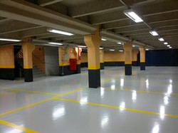 pintura-piso-estacionamento-garagem-epoxi