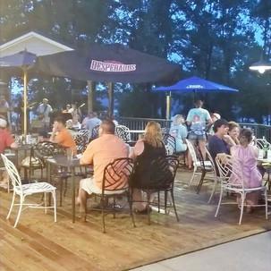 Meet Williemac, Lake Side Restaurant