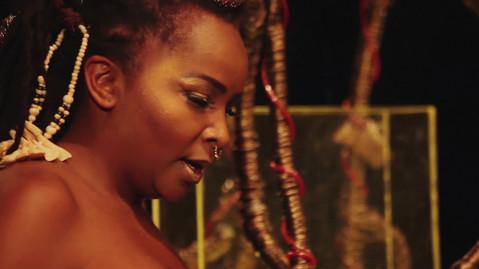 Ialodês - Capulanas Cia de Arte Negra