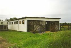 Der Anfang vom alten Stall