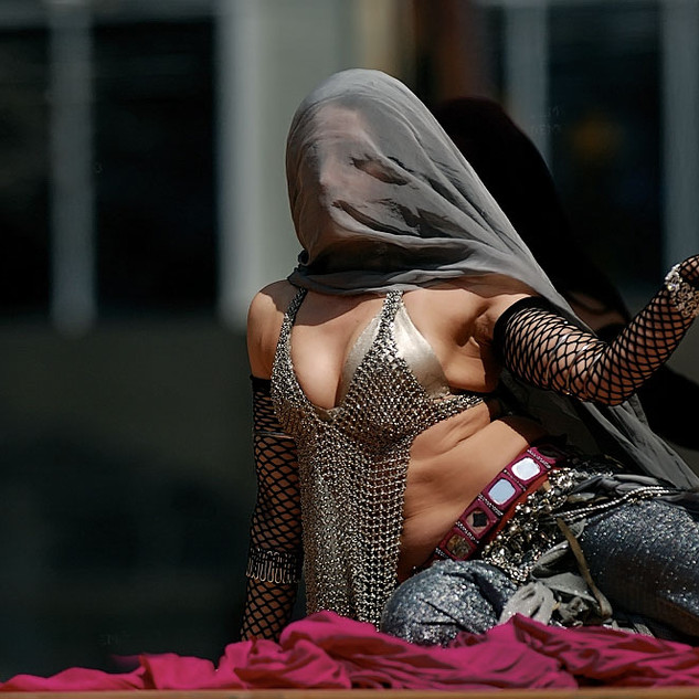 Dundas Sq Belly dance online classes privates choreography performer entertainment