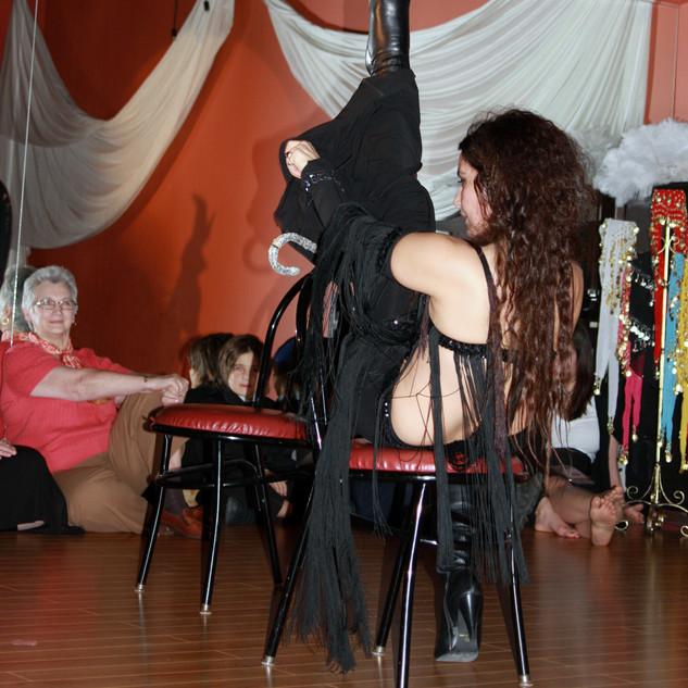 Vivance Studio Belly dance online classes privates choreography performer entertainment